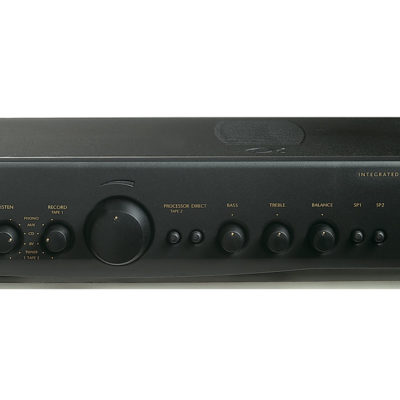 Alpha 9 Integrated Amplifier by Arcam